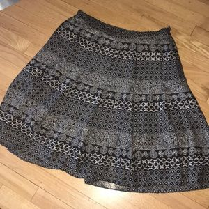 Pleated graphic print skirt